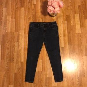 🧷AMERICAN EAGLE SUPER STRETCH JEANS